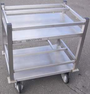Transportwagen für Küchenutensiilien